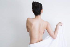 肩・骨盤がまっすぐな女性